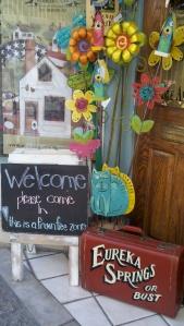 eureka springs shopping downtown