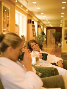eureka springs spa vacation girlfriend getaway
